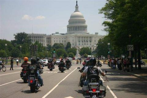 ride-for_the_wall_rolling_thunder